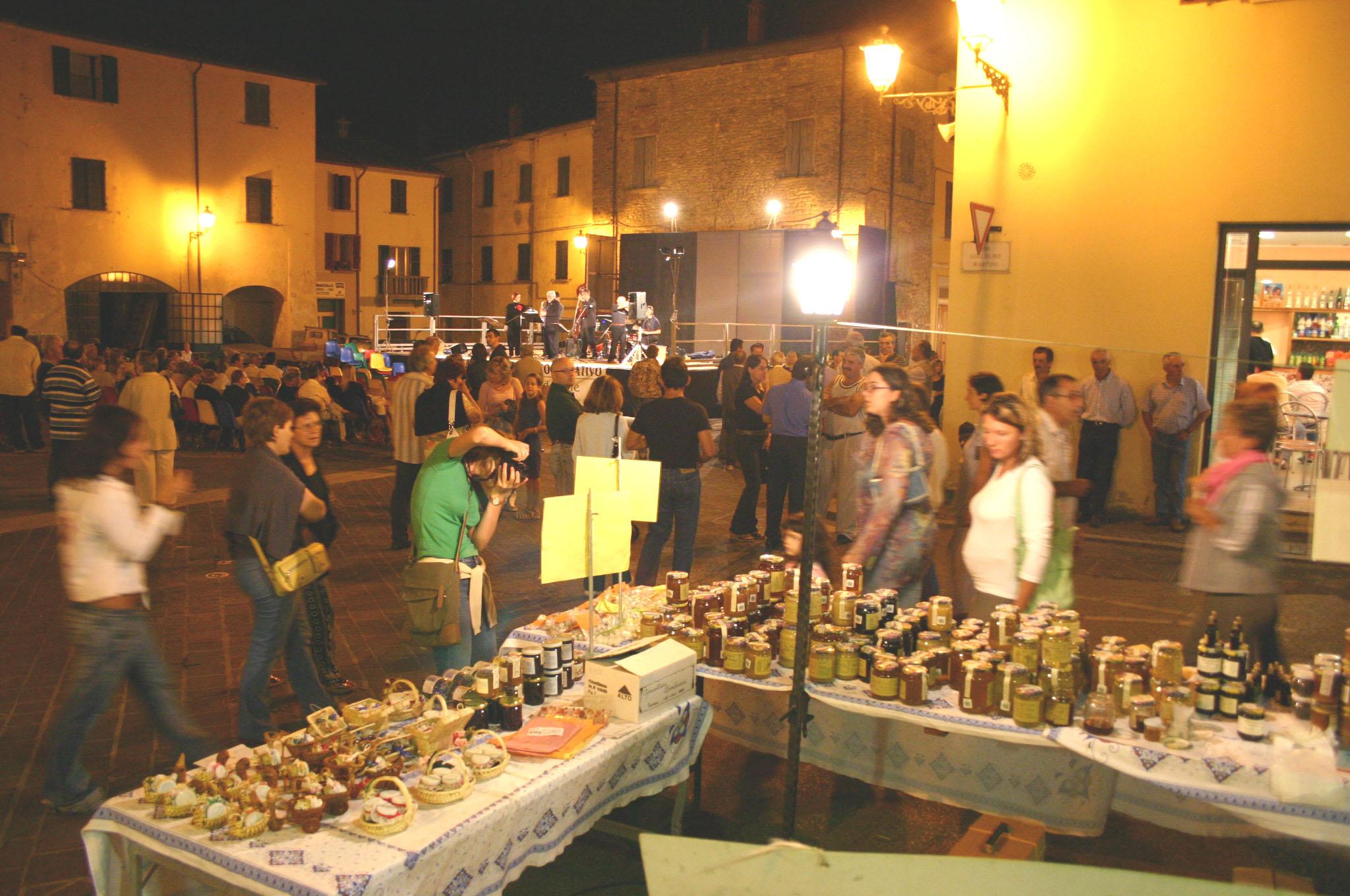 Tornano i mercatini serale a riolo terme brisighella - Mercatino ravenna ...